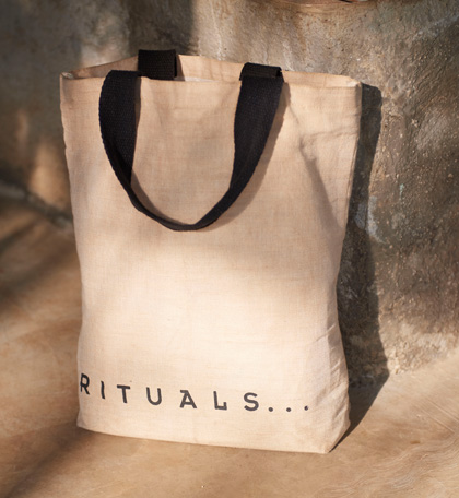 Bag with Rituals as text